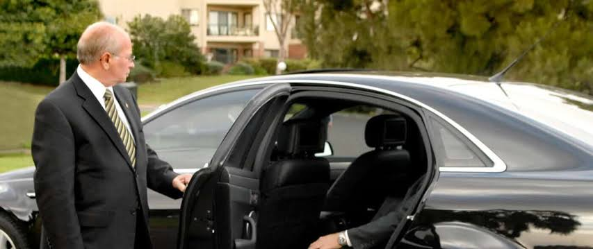 What Is The Best Cheap Limo Service In Toronto?