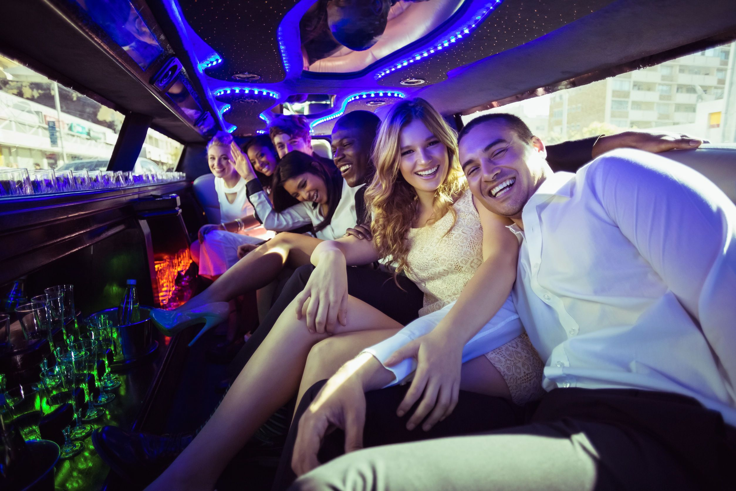 Which Limousine Is Best For Night Parties?
